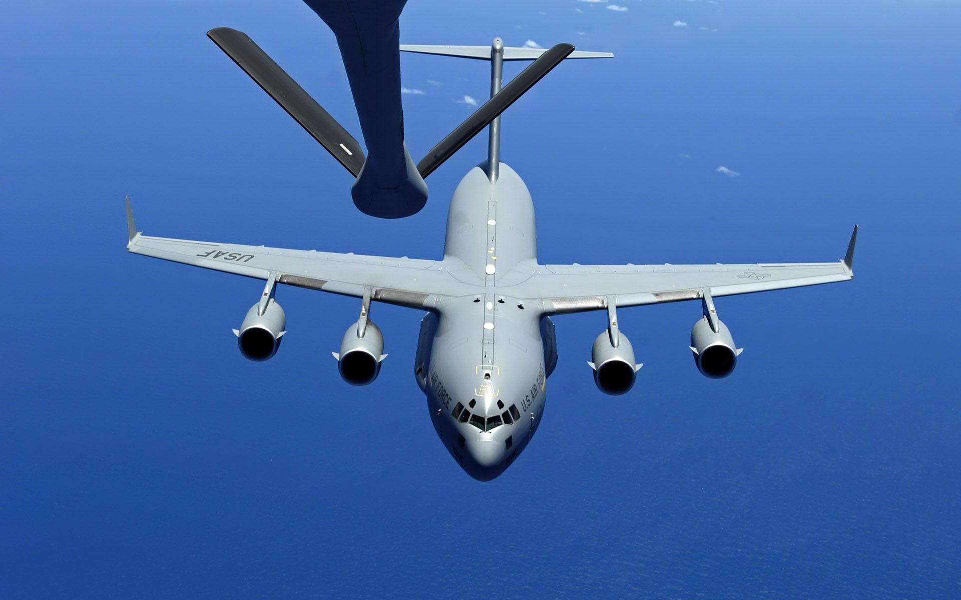 0_1495998815498_boeing-c-17-globemaster-iii-amazing-air-refueling-wallpaper-3484.jpg