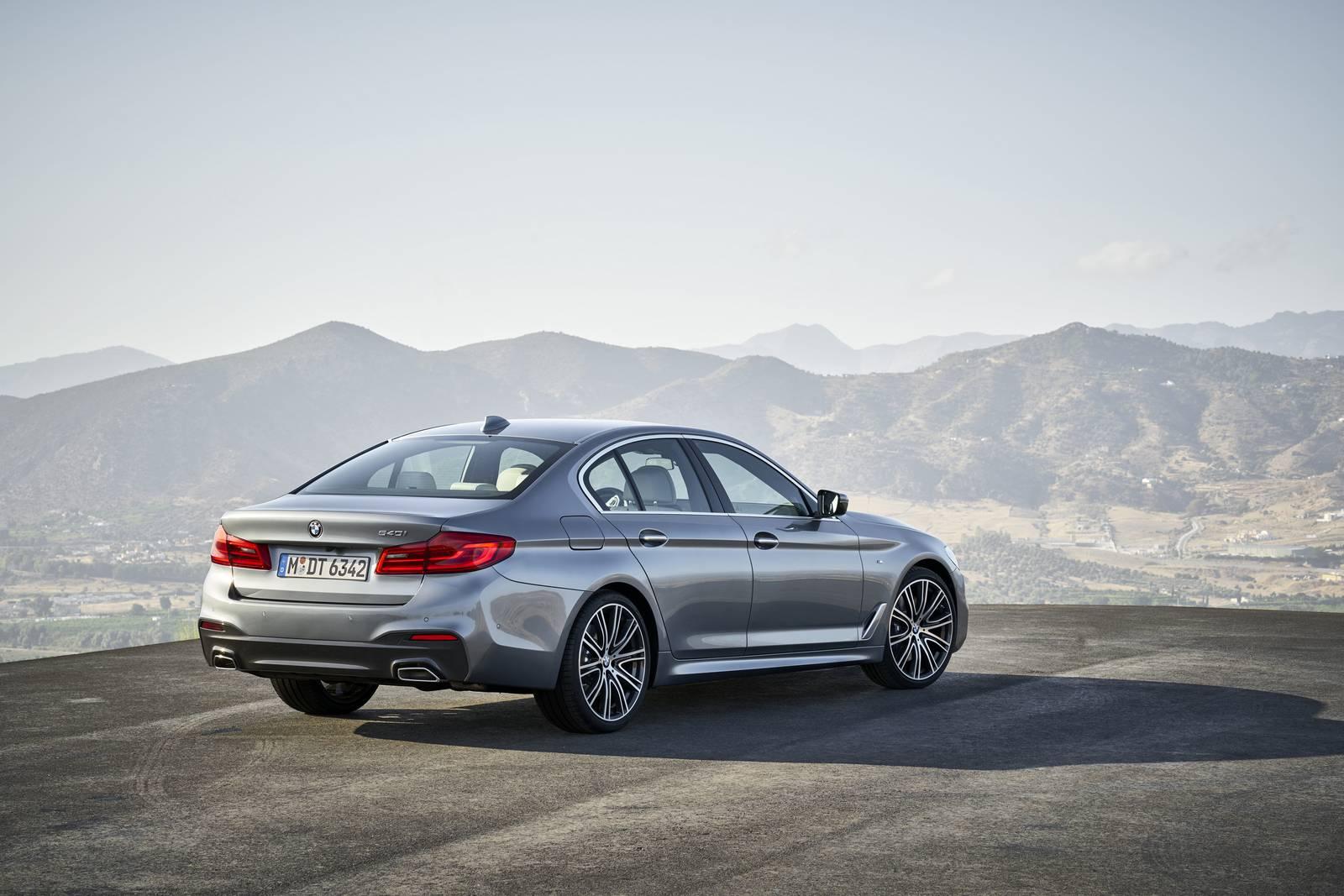 0_1505236273572_2017-BMW-G30-540i-5.jpg