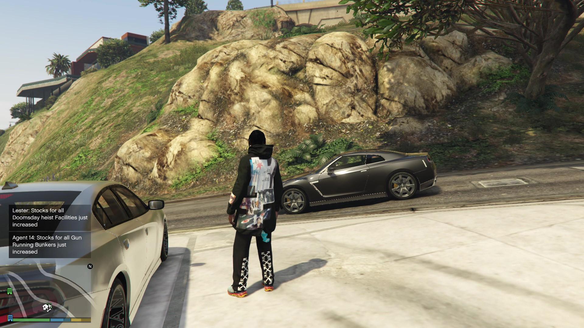 0_1538404177390_Grand Theft Auto V 10_1_2018 9_22_44 PM_Moment.jpg